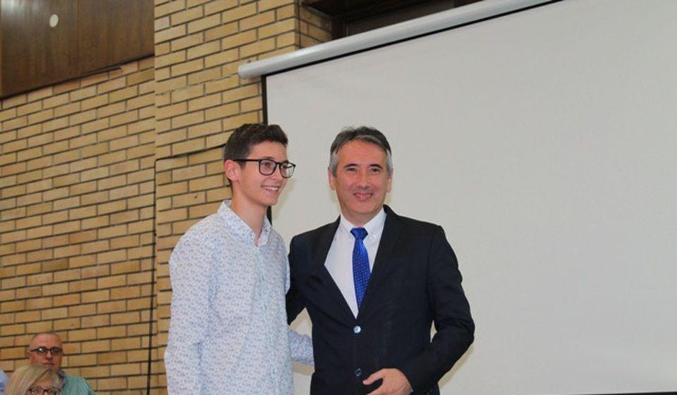 Konstantin Andonov, đak generacije OŠ Jovan Jovanović Zmaj. Foto VranjeNews