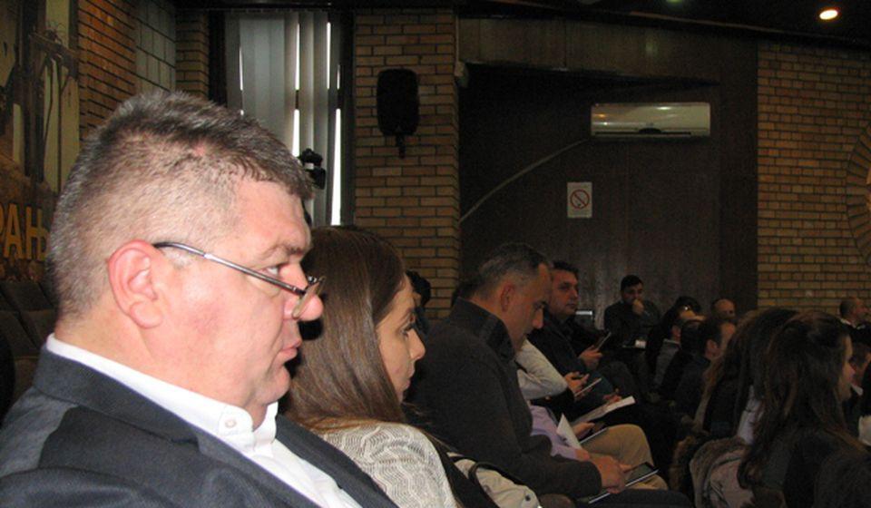 Dejan Manić i odbornici Jedinstvene Srbije tokom rasprave o budžetu. Foto VranjeNews