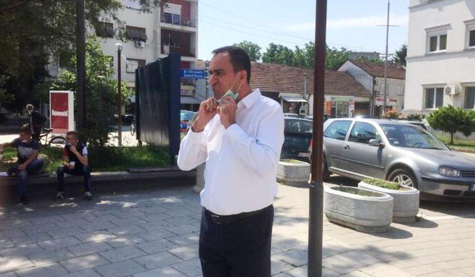 Nenad Mitrović posle današnjeg otkazivanja konstitutivne sednice SO Bujanovac. Foto Bujanovačke