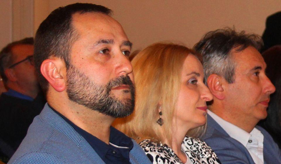 Zorica Jović sa gradonačelnikom Slobodanom Milenkovićem i zamenikom Nenadom Antićem na koncertnoj večeri festivala. Foto VranjeNews