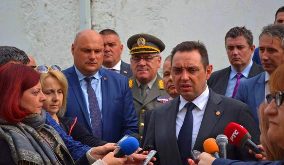 Ministarstvo je od Jumka naručilo opremu za 1,2 milijarde dinara: Aleksandar Vulin. Foto Goran Mitić