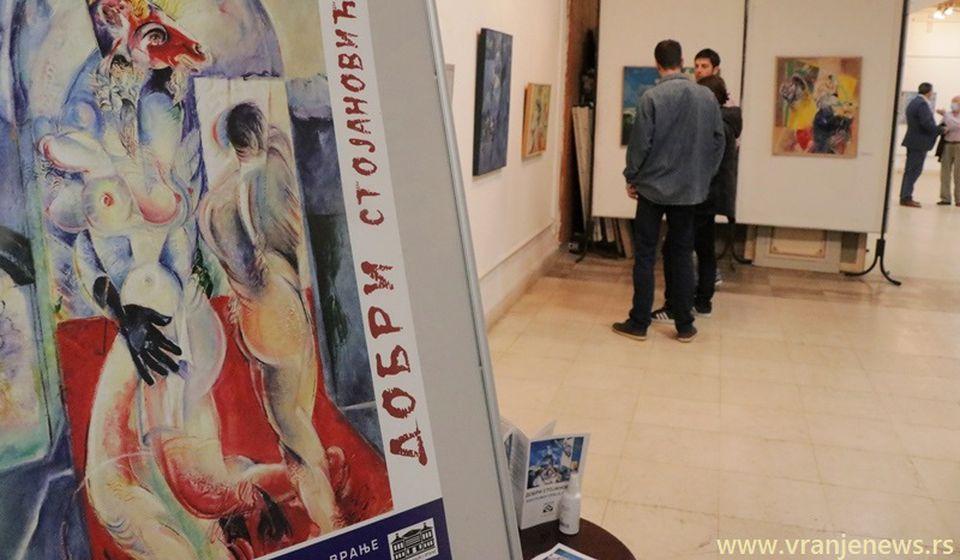 Akademski slikar Dobri Stojanović Vranju će u legat pokloniti stotinak svojih radova, uglavnom ulja na platnu. Foto Vranje News