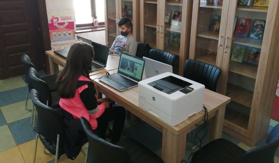 Kraj godine obeležio završetak projekta I seoske biblioteke žive u Rataju. Foto Biblioteka Bora Stanković