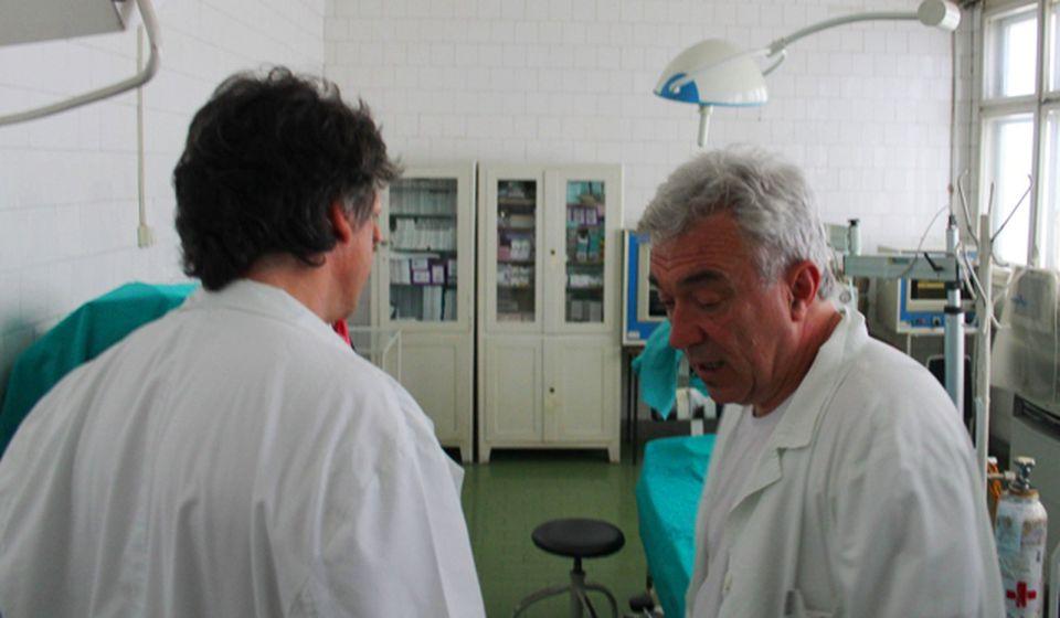 Stigao bitan dijagnostički aparat: lekari na Oftalmologiji. Foto VranjeNews