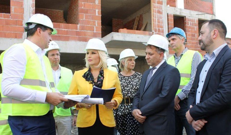 Zorana Mihajlović prilikom jednog od ranijih obilazaka gradilišta. Foto Vranje News