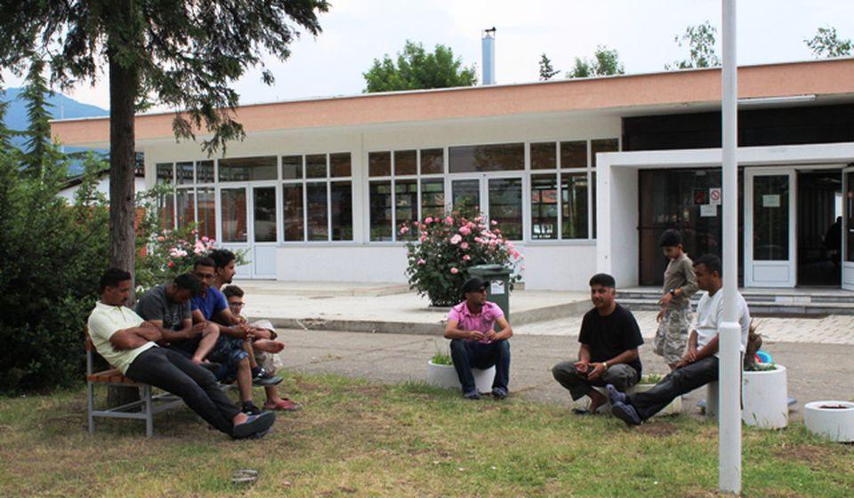 Migranti smešteni u nekoliko prihvatnih centara na jugu Srbije. Foto Vranje News