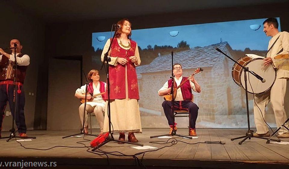 Sa jednog od nastupa na Kosovu i Metohiji. Foto Vranje News