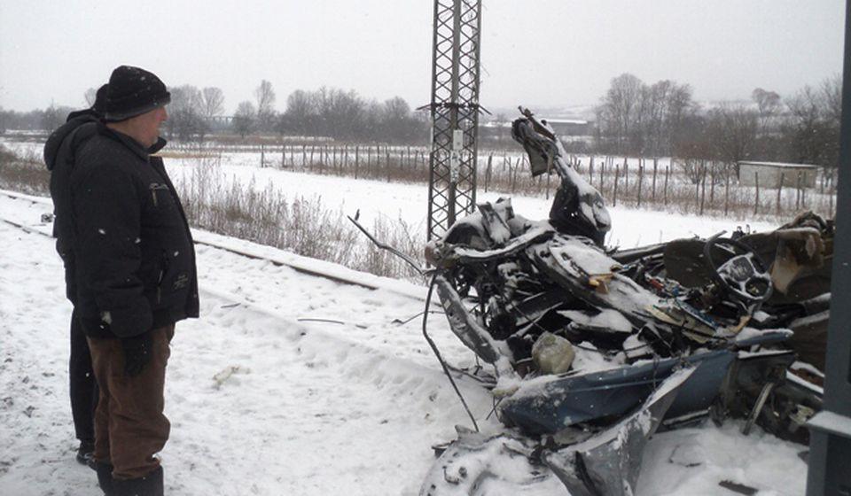 Ovo je ostalo od automobila. Foto Slađana Tasić