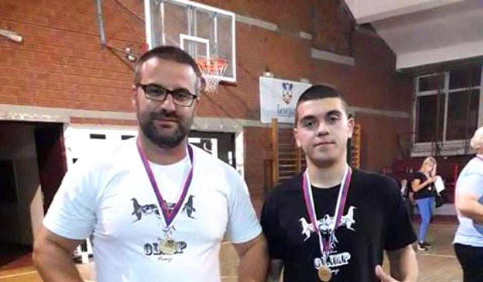 Ristić i Grujić sa osvojenim medaljama. Foto Olimp