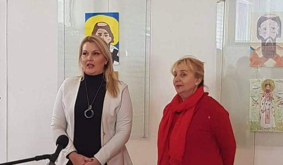 Direktorka NU Gordana Dimitrijević i članica žirija Slađana Arizanović. Foto NU