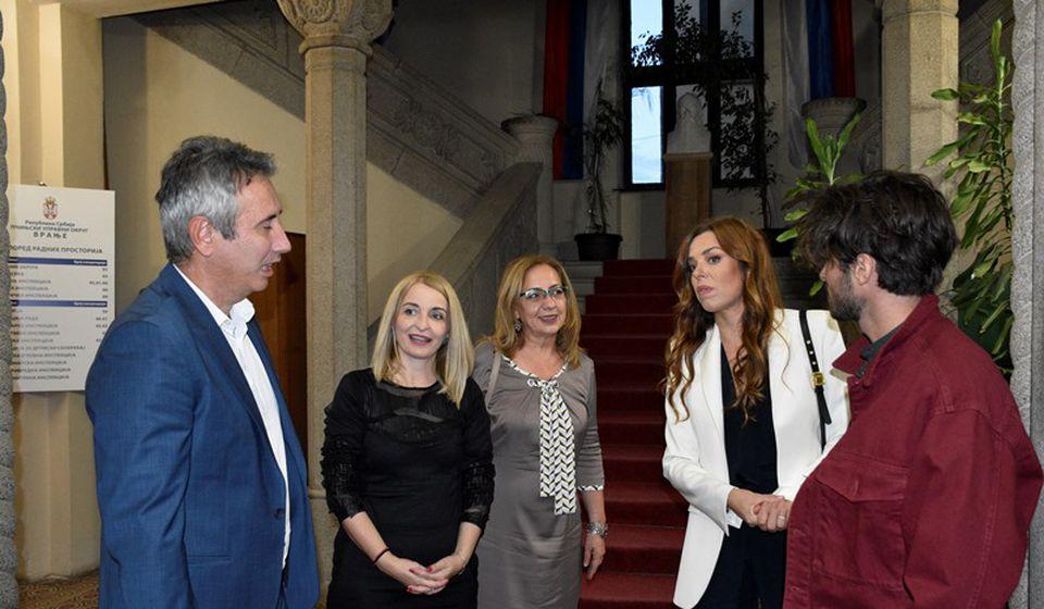 Svečani prijem za glumce. Foto Vranje News