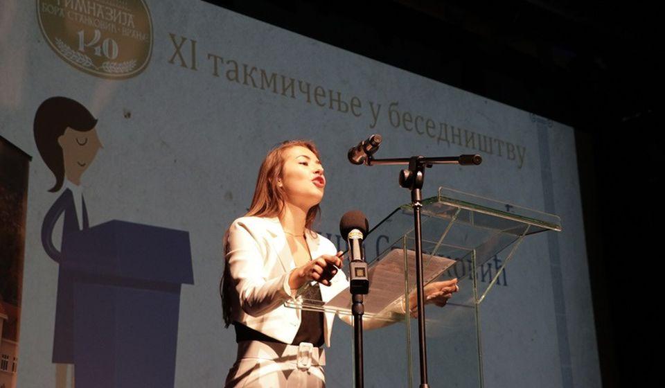 Pobednica: učenica Gimnazije Bora Stanković u Vranju Milica Stanković. Foto Vranje News