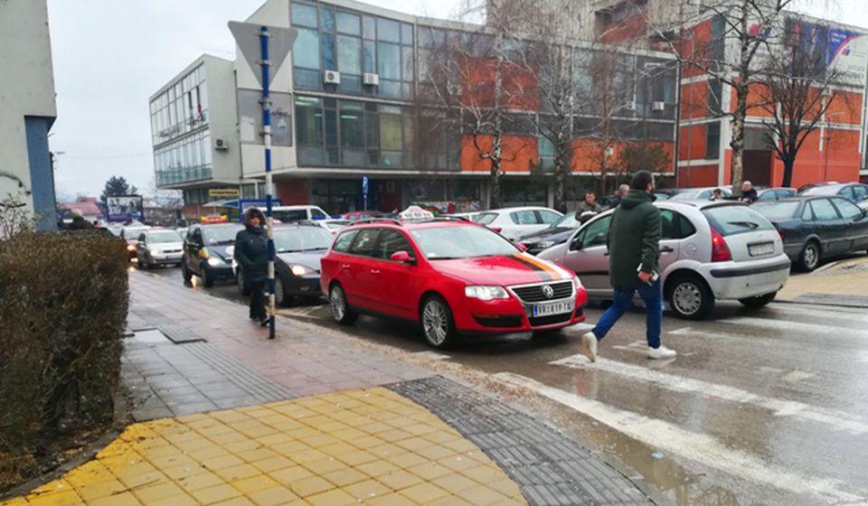 Detalj sa nedavnog protesta taksista u VRanju. Foto VranjeNews