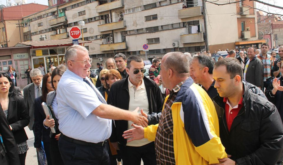 Šešelj u Vranju prilikom jedne od ranijih predizbornih kampanja. Foto Vranje News