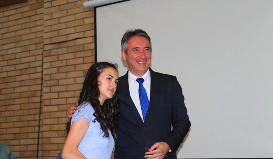 Sara Pavlović, đak generacije u OŠ Branislav Nušić u Rataju. Foto VranjeNews