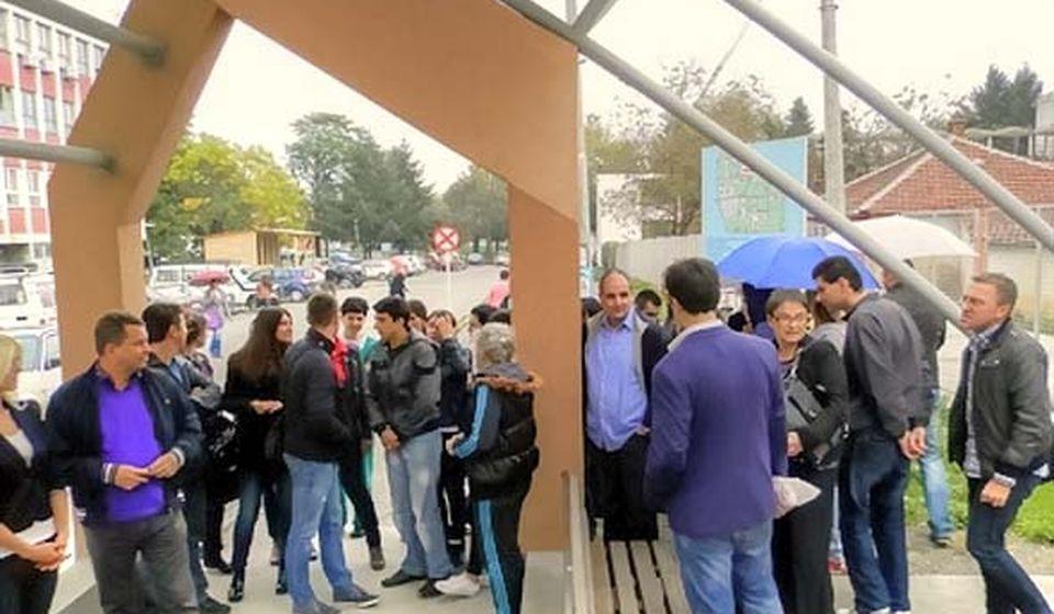 Sa jednog od protesta neugovorenih radnika ZC. Foto VranjeNews