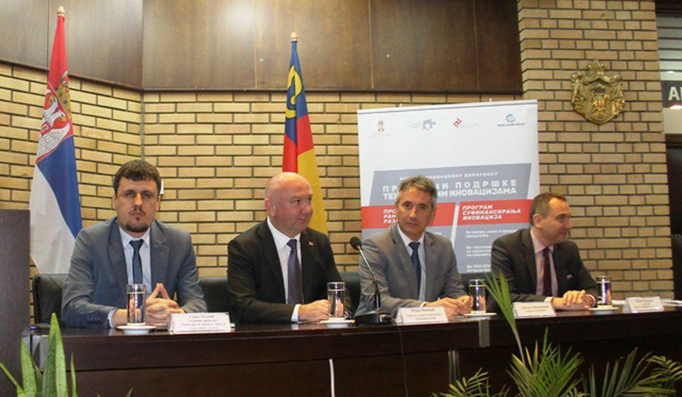 Inovacije u drvnoj, duvanskoj, metalskoj industriji: ministar Nenad Popović. Foto VranjeNews