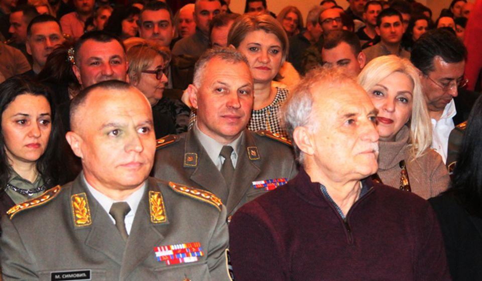 General Milosav Simović i Lazar Ristovski. Foto VranjeNews