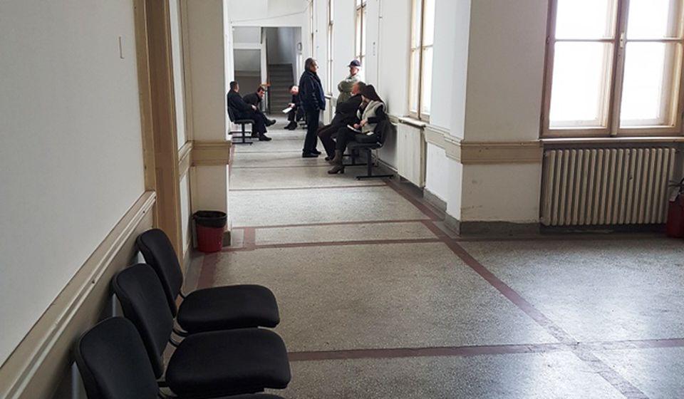 Manje gužve u holovima: Osnovni sud u Vranju. Foto D. Dimić, VranjeNews