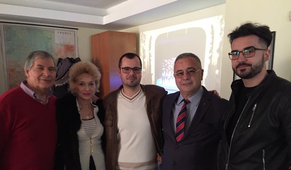 Tako blizu, a tako daleko: predstavnici BSC-a sa ljudima iz bugarskog konzulata. Foto BSC