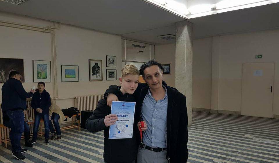 Srboljub Raimović sa svojim profesorom Jaćimovićem. Foto Fejsbuk