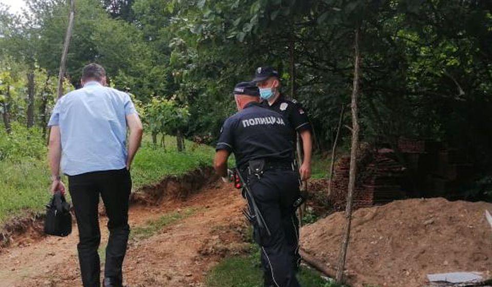 Policija na mestu zločina. Foto J.S.