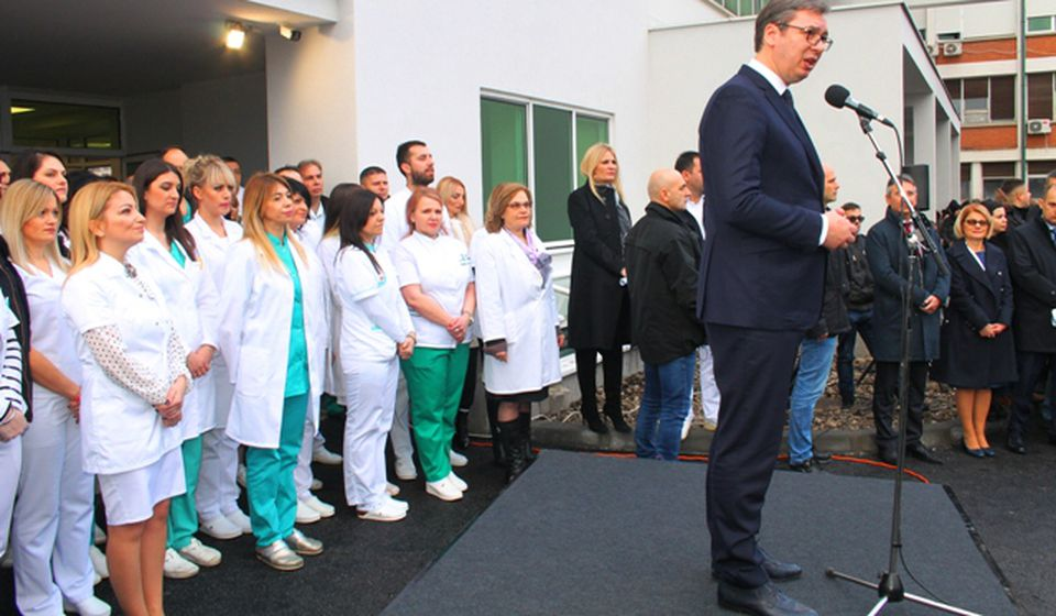 Vučuć na nedavnom otvaranju Hirurškog bloka u Vranju. Foto VranjeNews