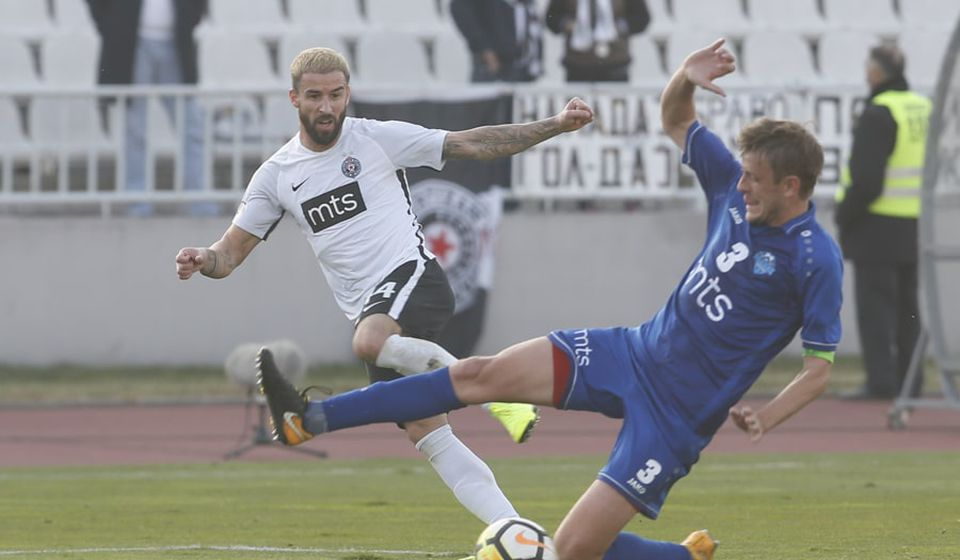 Detalj sa jednog od ranijih mečeva dva kluba. Foto FK Partizan