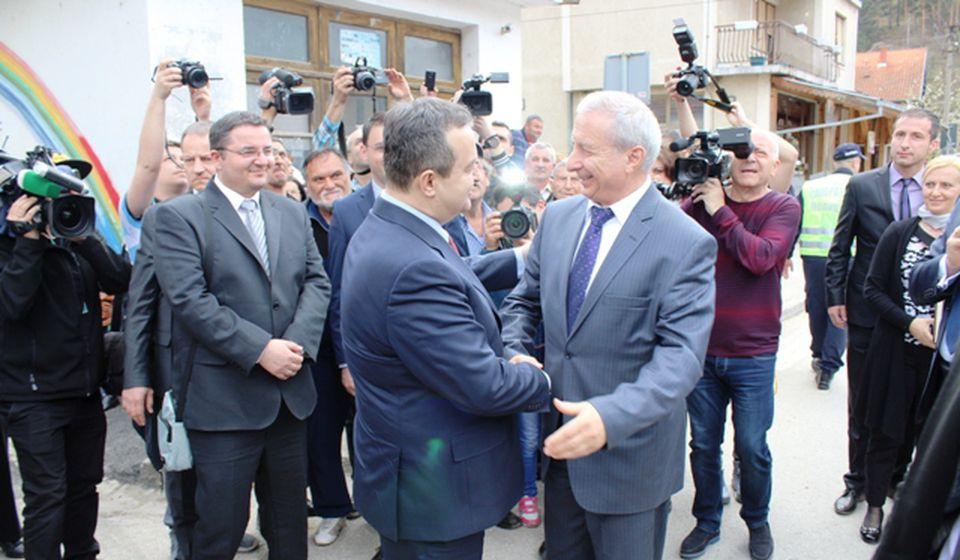 Ivica Dačić i bugarski premijer Gerdžikov u Bosilegradu. Foto Vranjenews