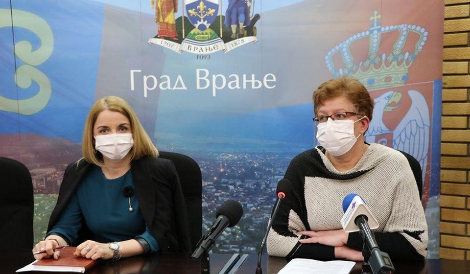 Zorica Jović i Danijela Milosavljević. Foto Vranje News