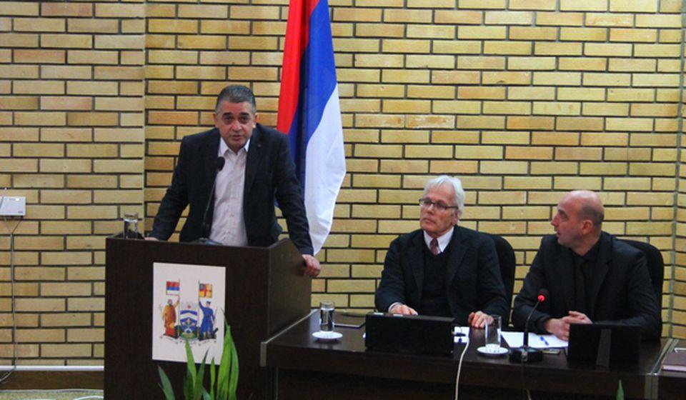 Igor Andonov smatra da aktuelna vlast ne vodi dobro finansije grada. Foto VranjeNews
