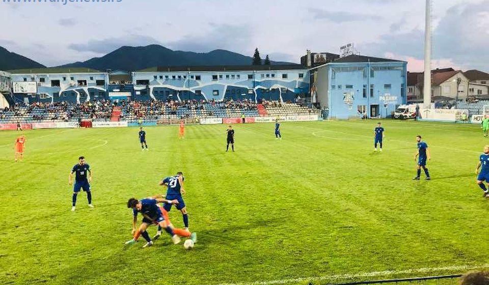 Detalj sa utakmice u Surdulici. Foto Vranje News