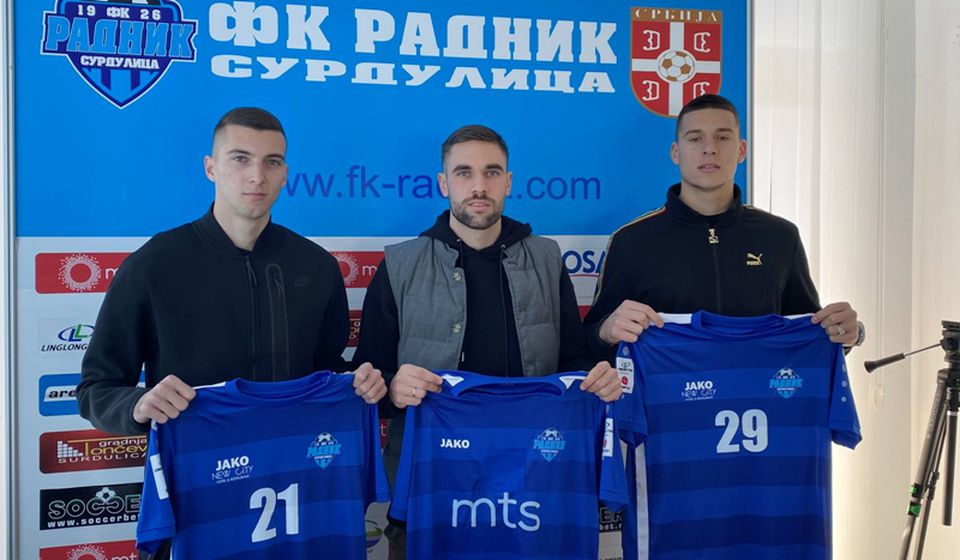 Biber, Bainović i Milovanović. Foto FK Radnik
