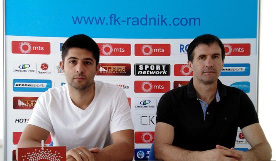 Vanić (desno) nije bio zadovoljan igrom svoje ekipe. Foto D. Mirčev