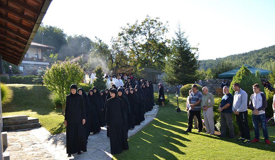 Sa jedne od ranijih manastirskih slava. Foto spc.rs