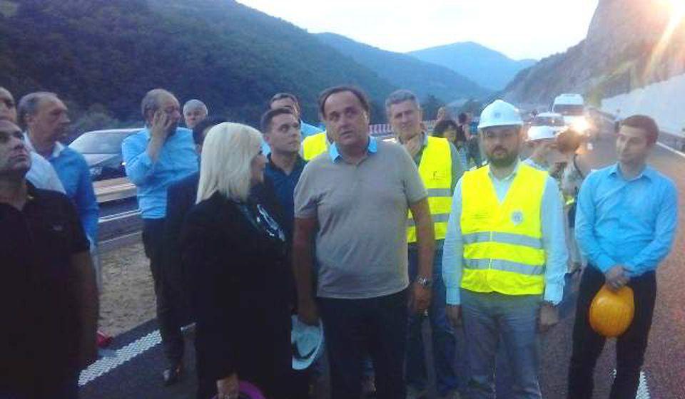 Mihajlovićeva prilikom nedavnog obilaska trase Koridora 10 u Grdeličkoj klisuri. Foto VranjeNews