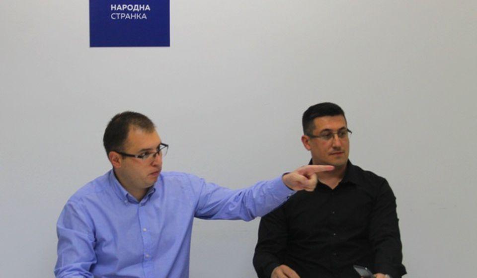 Ristić i Pavlović kažu da je reč o montiranom postupku. Foto VranjeNews