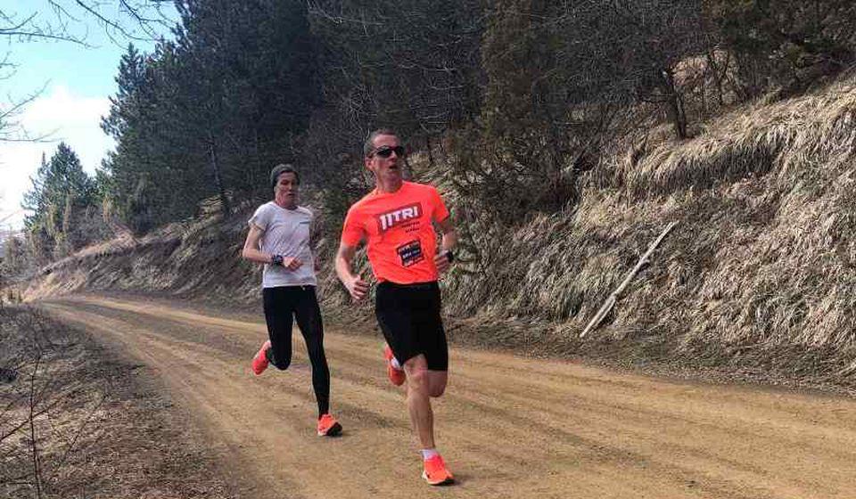 Kristijan Stošić trenira sa Oliverom Jevtić na Zlatiboru. Foto AK Vranjski maratonci
