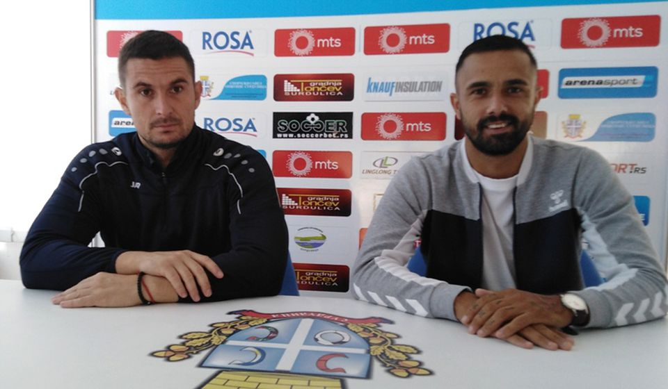 Slavoljub Đorđević i Zoran Danoski pred novinarima. Foto FK Radnik
