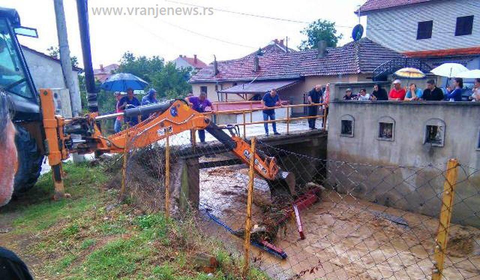Vranjska reka pre dve godine napravila velike probleme. Foto Vranje News