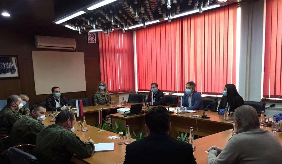Rusi sugerisali da građani nose zaštitne maske. Foto www.vranje.org.rs