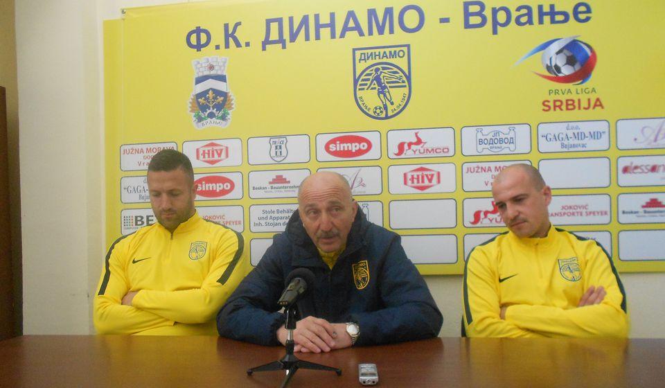 Svih devedeset minuta za pobedu: Jovanović, Baranin i Stojković. Foto VranjeNews