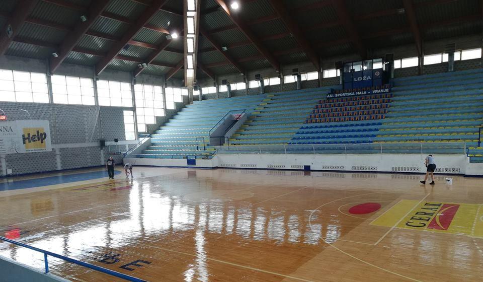 Vakcinacija i revakcinacija biće premešteni u veliku salu Sportske hale u Vranju. Foto Vranje News
