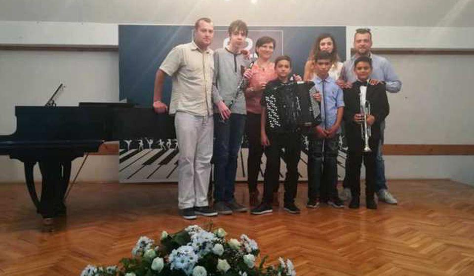 Učenici osvojili četiri nagrade. Foto FB