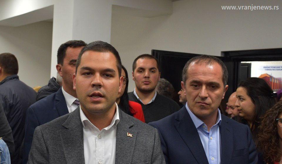 Dva naprednjaka gotovo da imaju rezervisano mesto u budućem parlamentu: Milan Ilić i Slaviša Bulatović. Foto Vranje News