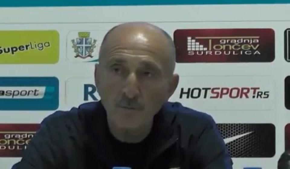 Radmilo Jovanović na konferenciji za novinare posle utakmice. Foto Super liga screenshot