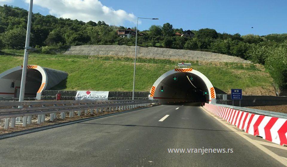 Testiranje je jedino moguće obaviti pod saobraćajem, tvrde iz Koridora Srbije: tunel