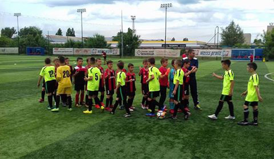 Fer-plej i izvanredno ponašanje mladih fudbalera. Foto ŠF Prestiž