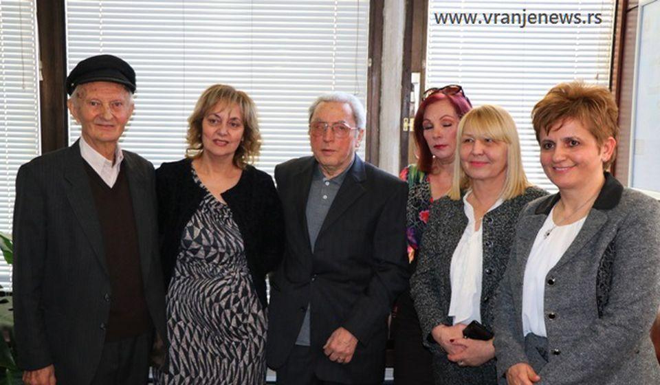 Danijela Trajković (prva s desna) trenutno je viši javni tužilac u Vranju. Foto Vranje News
