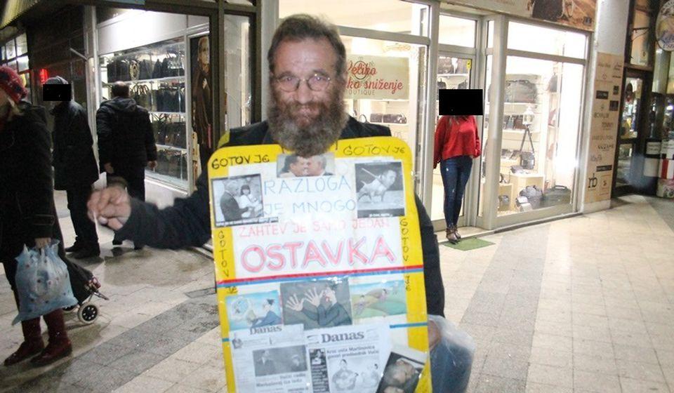 Dragan Stojanović - Žuća kolporter. Foto Vranje News